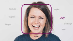 woman smiling datakalab
