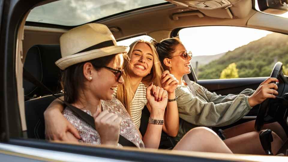 3 women in a car